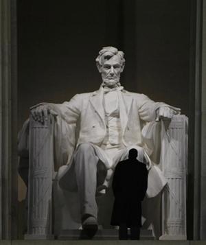 Obama at Lincoln Memorial