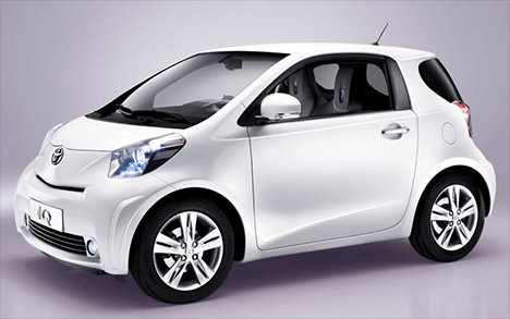 Toyota-iq-small-car-001