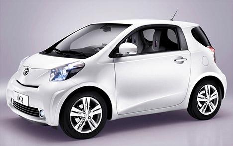 Toyota-iq-small-car-001