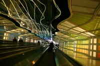 United_walkway_ohare